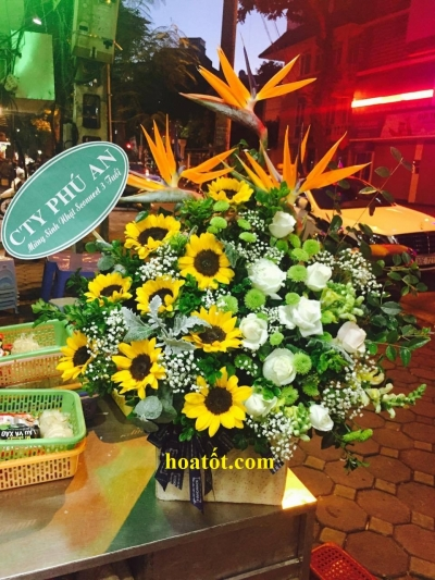 Giỏ hoa giá rẻ - DH2070