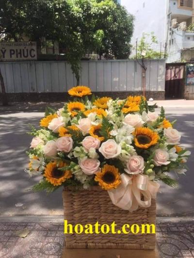 Hoa cắm hộp gỗ - DH561