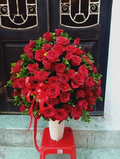 99 bông hồng đỏ cắm bình - DH473