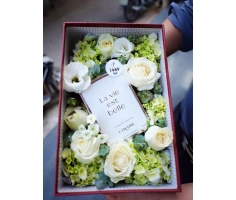 Hoa hộp đẹp mã- DH97