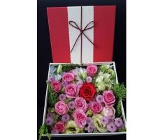 Hộp hoa đẹp - DH370