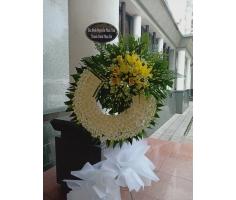 Hoa tang lễ vòng trắng - DH705